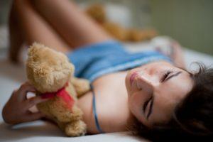 Miegojimo nuogiems privalumai: galite net sulieknėti