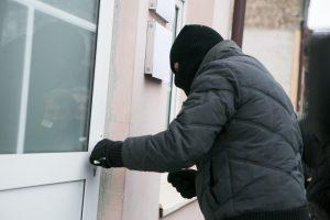 Vagys iš namo Radviliškio rajone išnešė turto už 13 tūkst. eurų