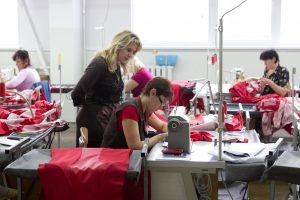 Kodėl moterys Lietuvoje vis dar uždirba mažiau negu vyrai