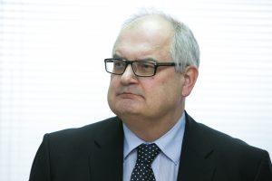 Rektoriai siūlo naujai valdžiai didinti mokslininkų ir dėstytojų atlyginimus