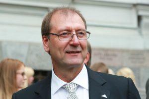 V. Uspaskichas dėl teismo sprendimo kreipsis į tarptautines organizacijas