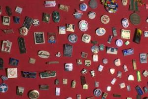 Už sovietinės simbolikos demonstravimą bare – bauda