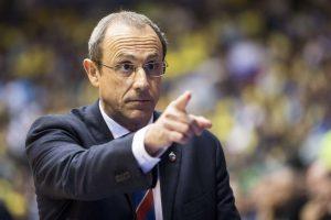 E. Messina už darbą su Italijos krepšinio rinktine atlyginimo negaus