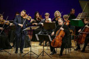 Smuiko virtuozas prabyla unikalaus tembro balsu