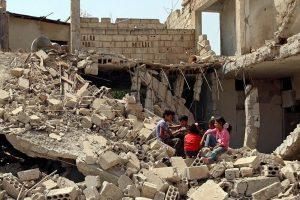 Netoli Sirijos Deir ez Zoro miesto per antskrydžius žuvo 19 civilių