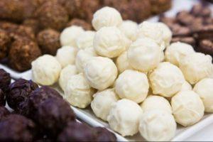 Pakistane nuo apnuodytų saldumynų mirė 23 žmonės