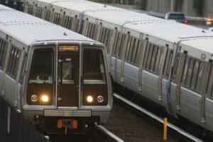 Vienos metropoliteno traukiniuose bus draudžiama valgyti