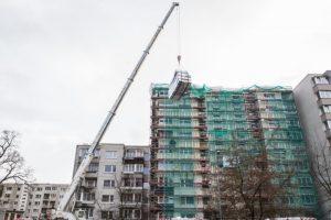 Už parduotus taršos leidimus bus renovuojama daugiau namų