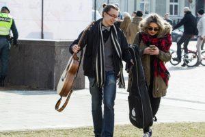 Iššūkis lietuvių kalbai: jaunimas vis dažniau kalba angliškai