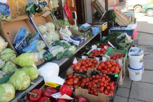 Gera žinia: susirinkus visiems prekeiviams – mažesnės vaisių ir daržovių kainos
