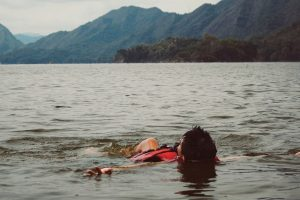 Specialistai priminė apie saugų elgesį vandenyje