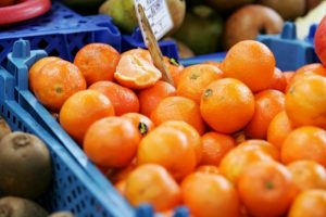 Kokie vabzdžiai gali gyventi mandarinuose