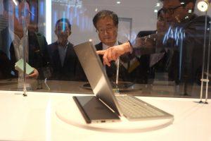 """""""Toshiba"""" ginkluosis naujais nešiojamais kompiuteriais"""