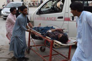 Pakistane įvykdytas sprogdinimas: žuvo mažiausiai 128 žmonės