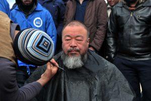 Kinijos disidentas vėl pabandė atkreipti pasaulio dėmesį į vargstančius pabėgėlius