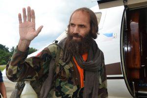 Islamistų metus Filipinų džiunglėse laikytas norvegas ištrūko gyvas