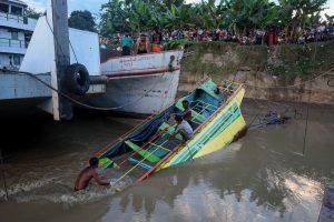 Kelto katastrofos Mianmare aukų padaugėjo iki pusšimčio