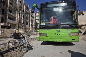 Sukilėlių evakuacija iš Alepo: pirmoji grupė pasiekė užmiestį