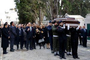 """Portugalai palaidojo savo """"demokratijos tėvą"""" M. Soaresą"""