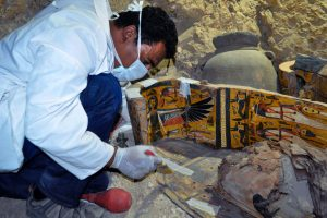 Naujausi Egipto atradimai: šešios mumijos ir daugybė laidotuvių atributikos