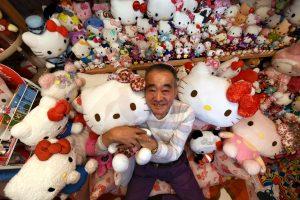 """Buvęs policininkas surinko didžiausią pasaulyje """"Hello Kitty"""" kolekciją"""