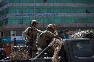 """Prie Irako ambasados Kabule – """"Islamo valstybės"""" išpuolis"""