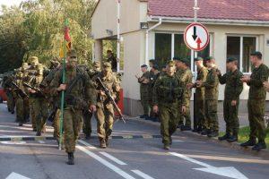 Išbandymas: iš Pabradės į Vilnių kariūnai žygiuoja pėsčiomis