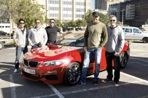 90 sekundžių šoninio slydimo – galingos BMW kupė reklamoje
