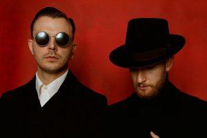 """Į Vilnių grįžta stilingas britų elektroninės muzikos duetas """"Hurts"""""""