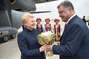 D. Grybauskaitė sveikina Ukrainą su beviziu režimu