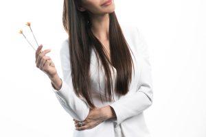 Pigmentinės dėmės gali atsirasti ir spuogų varginamiems paaugliams