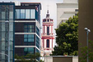 Susirūpinta senamiesčio vaizdu: naujas viešbutis užstos bažnyčią?