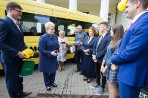 Savivaldybėms perduoti 82 nauji mokykliniai autobusai