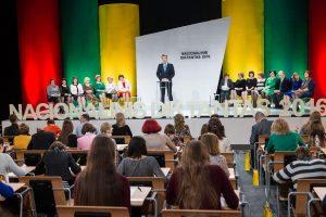 Nacionalinio diktanto finale varžėsi 102 dalyviai