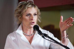 Teisininkas pasiūlė, kaip apginti A. Ramanausko-Vanago atminimą