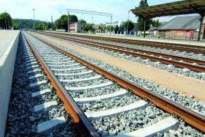 """""""Rail Baltica"""" sudomino Britanijos geležinkelių įmones"""