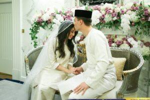 Malaizijos princesė per prašmatnią ceremoniją ištekėjo už olando