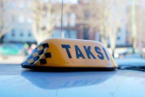 Neblaivus Vokietijos pilietis sumušė taksistą
