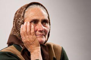 Socialine darbuotoja apsimetusi moteris pavogė 6 tūkst. eurų
