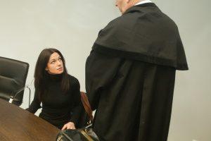 Kauniečių šeimos verslas: vežė merginas į viešnamius ir žiauriai kankino
