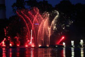 Strigo šokančio fontano pasirodymas