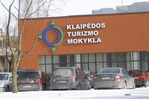 Klaipėdos turizmo mokykloje – klastojimas?