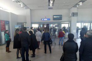 Keleiviai pasipiktinę: lėktuvas į Palangą vėlavo daugiau nei dvi valandas