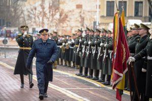 Į atsargą išlydėtas Lietuvos kariuomenės generolas E. Mažeikis