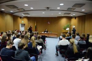 """""""Kliudžiau"""" autoriui J. Biliūnui – teismas dėl žiauraus elgesio su gyvūnais"""