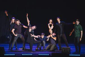 """""""Kitas kampas"""" pristatė didžiausią spektaklį teatro istorijoje"""