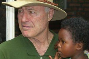 37 metus Ruandoje gyvenantis kunigas H. J. Šulcas: Afrikos kolonializmas tebevyksta