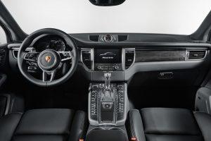 """Naujasis """"Macan Turbo"""" – galingiausias serijos modelis"""