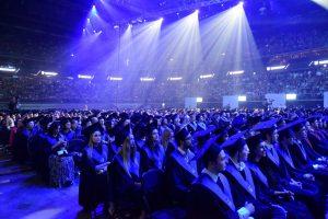 """KTU absolventų diplomų įteikimo ceremonijoje – """"Golden Parazyth"""" koncertas"""