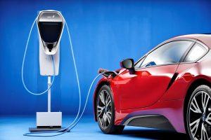 Nauja BMW elektromobilio versija leis nuvažiuoti iki 50 proc. toliau
